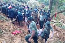 அரநாயக்க அனர்த்தம்; 13 பேர் சடலமாக மீட்பு