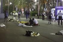 பிரான்ஸில் லொறியால் மோதி தாக்குதல்; 80 பேர் பலி