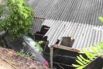 விபத்தை ஏற்படுத்தி விட்டு பள்ளத்தில் வீழ்ந்த வாகனத்தினால், மேலும் ஒரு விபத்து