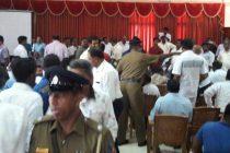 ரஊப் ஹக்கீம் கலந்து கொண்ட முசலிப் பிரதேச செயலகக் கூட்டத்தில் குழப்பம்