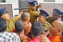 ரோஹிங்ய அகதிகள் விவகாரம்: கல்கிஸ்சை வீடு சென்று, காவாலித்தனம் புரிந்தவர்களில் ஒருவர் கைது