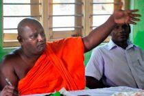 கல்முனை தமிழர்களை திட்டமிட்டு அழிப்பதில், முஸ்லிம் அரசியல்வாதிகள் குறியாக உள்ளனர்