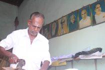 அழகய்யாவின் கடையை அலங்கரிக்கும், இந்தியத் தலைவர்கள்