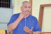 நசீருக்கு அடுத்த முறையும் நாடாளுமன்ற உறுப்பினர் பதவி வழங்க வேண்டும்: மத்திய குழு கூட்டத்தில் முன்மொழிவு