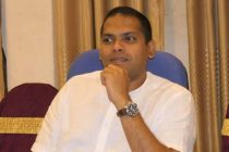 உயர்தரப் பரீட்சை பெறுபேற்றினை 'பேஸ்புக்'கில் பதிவேற்றிய ஹரீன்: சாதாரண தரம் சித்தியடையாதவர் என்றவருக்கு 'டோஸ்'