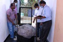உலகில் மிகப்பெரிய நீலக்கல் மாணிக்க கொத்து ரத்தினபுரியில் கண்டுபிடிப்பு
